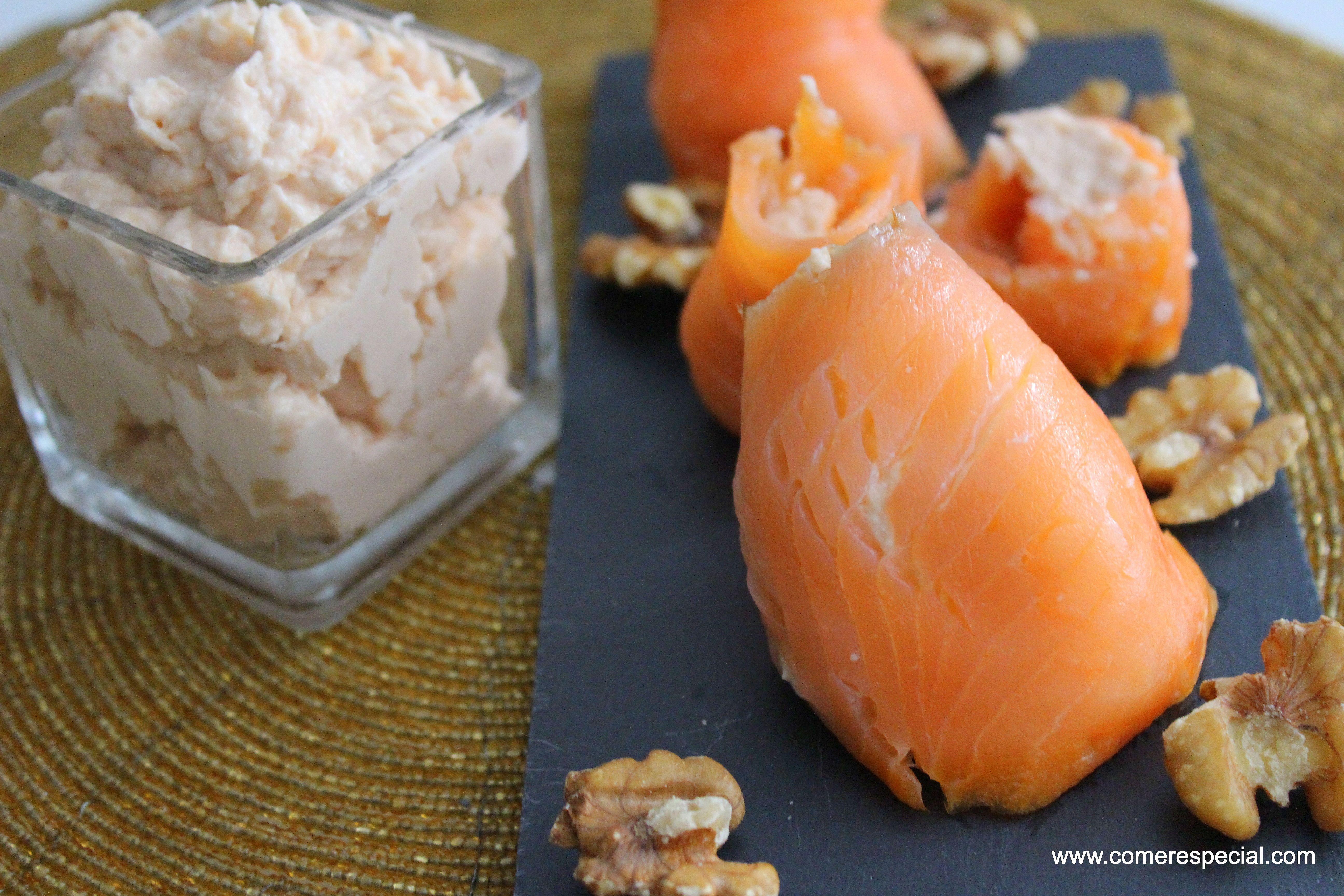 Dip de salmón ahumado y rollitos rellenos